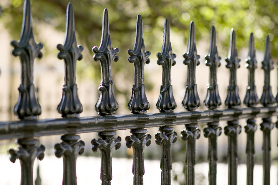 Keep Your Pet Safe Behind a Stylish, Durable Fence
